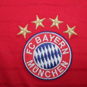 Der FC Bayern München überrollt Barcelona und steht im Halbfinale