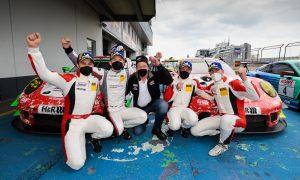 Frikadelli Racing feiert Doppelsieg beim dritten NLS-Rennen